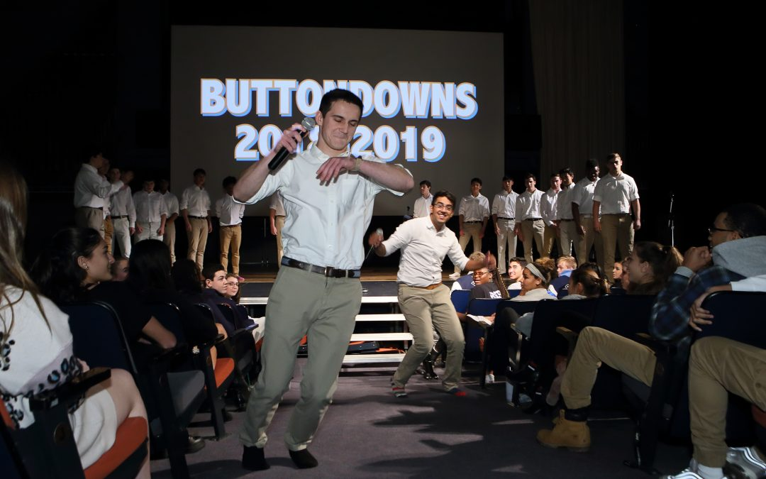 Buttondowns Entertain with Annual Assembly